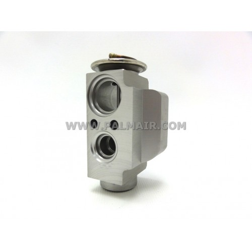 VW T5 '05 REAR BLOCK VALVE